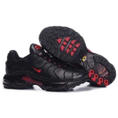 Nike Air Max Tn Chaussures Nike Air Max NikeTN Chaussures marque grise, rouge et blanche Nike, nike clearance store, disponible