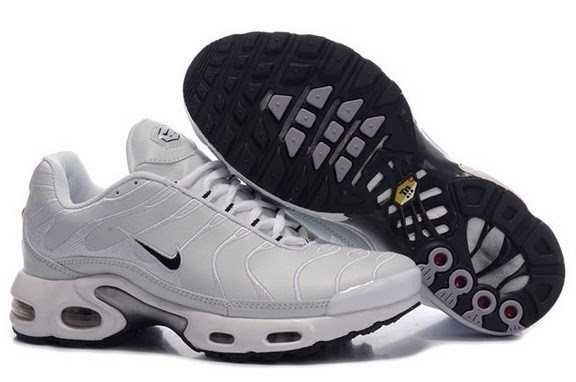 chaussure nike tn pas cher 100