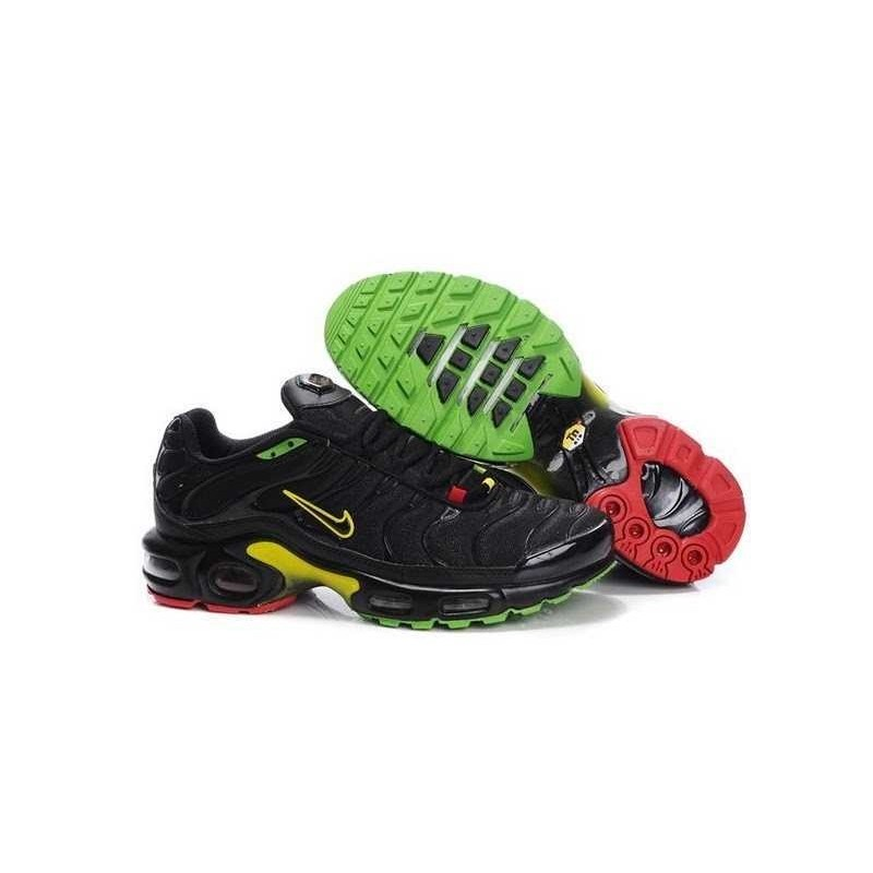 Nike TN Requin Homme Nike Air Max NikeTN Essential / Chaussures ...