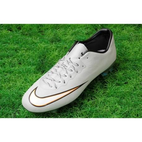 Nike Mercurial Vapor X CR7 FG Bottes de football métallisé Argent Blanc Hyper Turq Noir