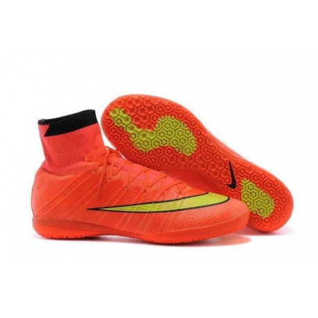 Nike MercurialX Proximo Street IC Bottes de football Hyper Punch Or Noir