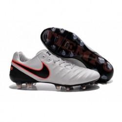 Bottes de football Nike Tiempo Legend VI FG Blanc Noir