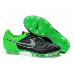 Bottes de football Nike Tiempo Legend V FG Noir / Vert Strike